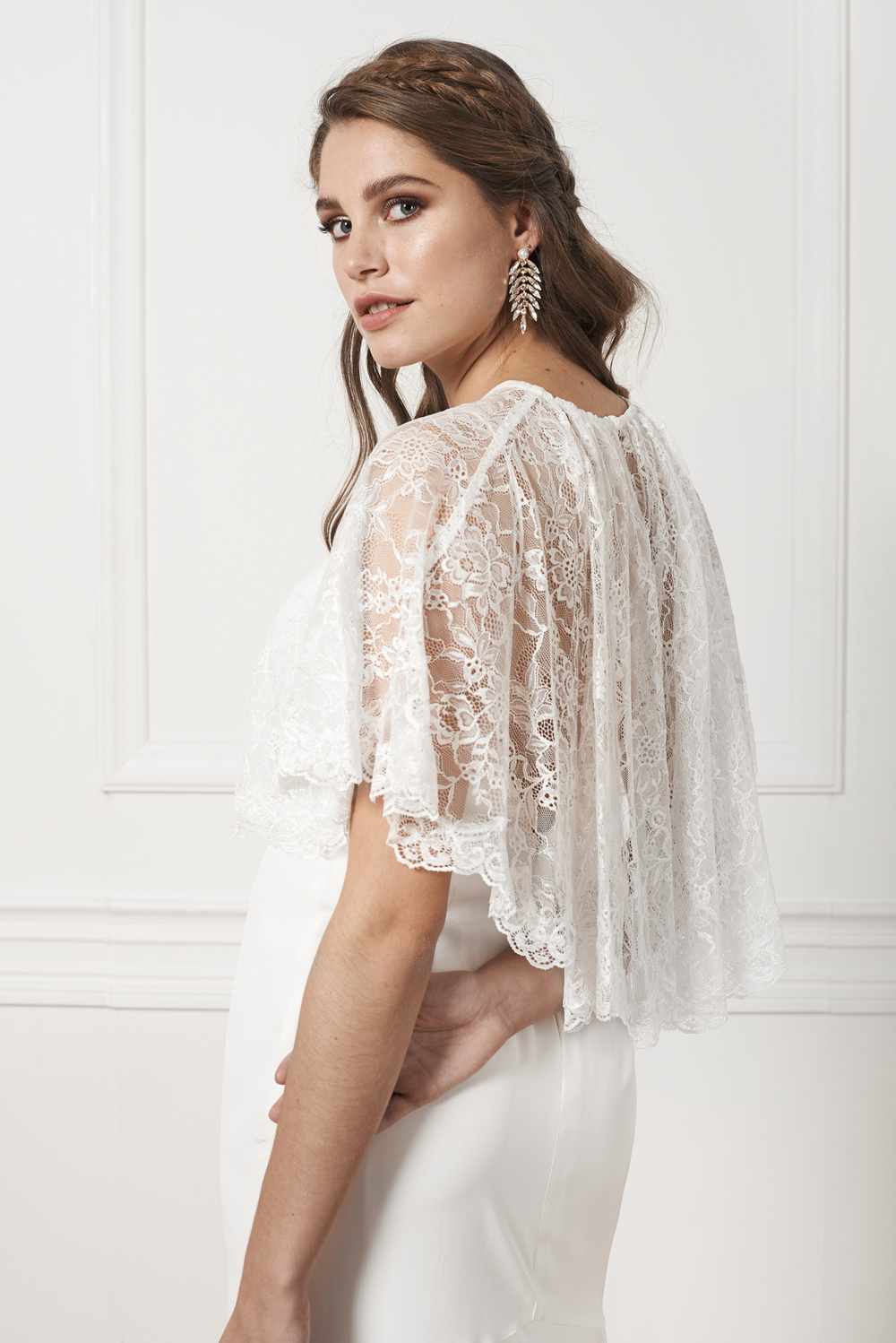 Jasmine lace mini cape